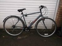 gents hybrid/touring bike fully working
