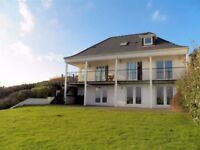 2 x Cleaning Staff required for Newgale Holiday Let - £120 per day.