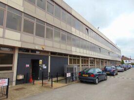 North London, High Barnet EN5 , Office, workspace or desks to let (D1)
