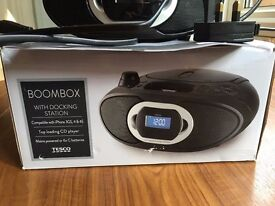 Tesco BB 112DB Docking BoomBox for iPhone 4/4S with FM Radio