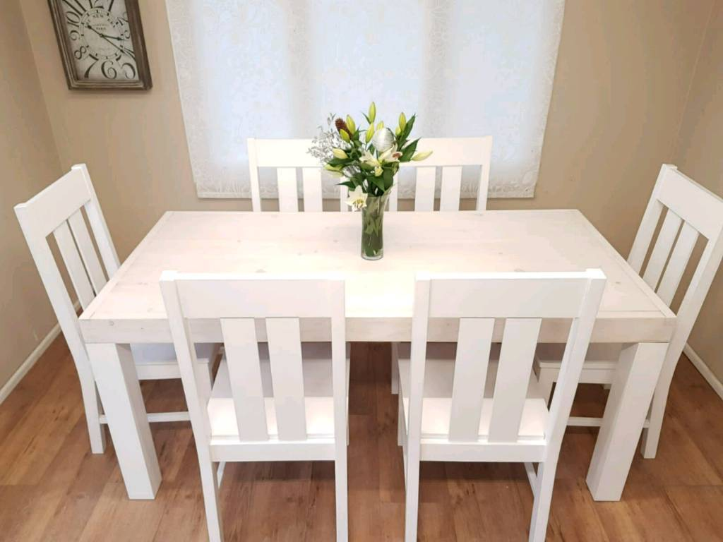 Stunning Pine Farmhouse Dining Table 6 Chairs