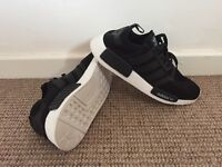 New adidas nmd r1 trainers