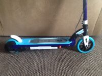 GET A BARGING kids Electric scooter XMAS round the corner great present