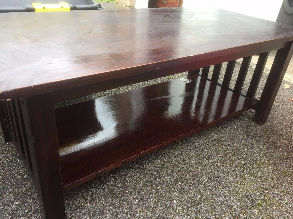 coffee table/TV stand, good condition
