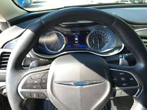 2015 Chrysler 200 TOP OF THE LINE/CLEAROUT/PRICED FOR A QUICKSAL Kitchener / Waterloo Kitchener Area image 17