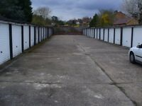 Garages to rent: Mounthurst Road r/o 88 Bromley BR2 - ideal for storage
