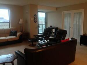 FURNISHED, INCLUSIVE DT CONDO! AMAZING LOCATION! 909-165 Ontario Kingston Kingston Area image 5