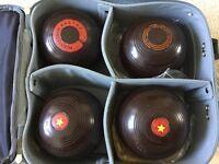 Set of 4 vintage hens elite championship bowls size 4 7/8