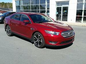 2014 Ford Taurus SEL AWD SUNROOF LOW KM'S