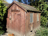 Old Hen House 7.5ft X 5ft - buyer must dismantle