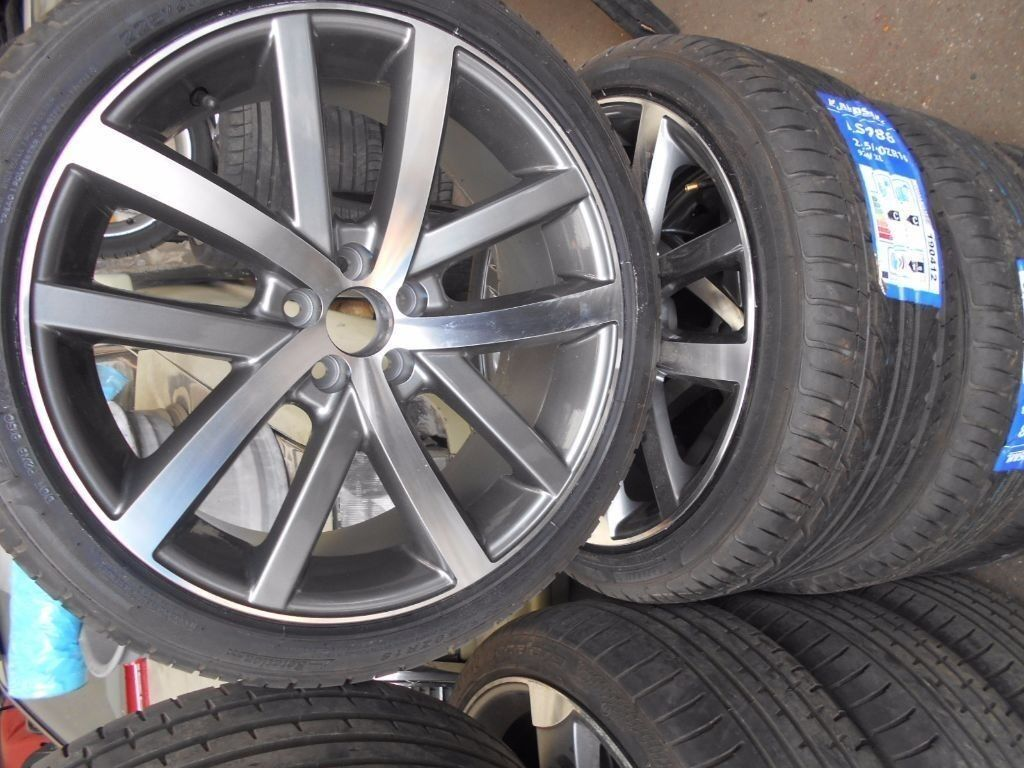 "18"" NEW VOLKSWAGEN VANCOUVER STYLE ALLOY WHEELS / TYRES"