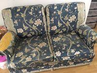 Free 2 *2 sofas