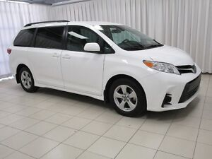 2018 Toyota Sienna LE MINIVAN 8PASS - THIS IS HUGE VALUE!!! COME