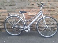 "REGATA Cross Ladies Hybrid City Tour Commuter Bike 700c/28"""