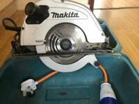 Makita 5704R circular saw corded