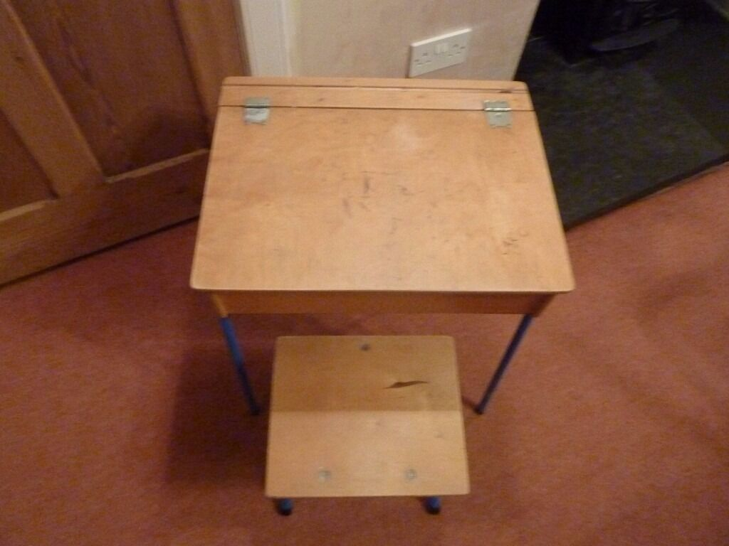 ChildsKids/ Childrens Wooden Desk and Stoolvintage early learning centrein Liberton, EdinburghGumtree - Childs / Kids/ Childrens Wooden Desk and Stool vintage early learning centre , prob 30 years old well made , a few pen marks on the desk top need to find a new home for this nice desk and chair
