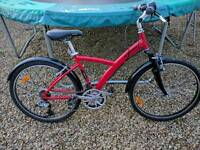 Medium adult size hybrid bike, also suitable for tall boy or girl