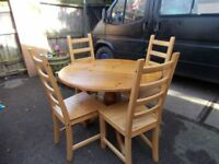 table and chairs nice condition