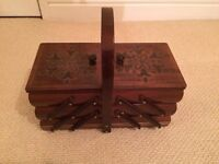 Wooden Decorative 3 Tier Jewellery Box in excellent condition