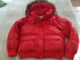 Abercombie and Fitch..... Lovely PUFFER Coat.