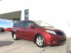 2011 Toyota Sienna *7 Passenger, New Tires, Local Van