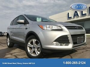 2014 Ford Escape SE, One Owner, Less than 36, 000 km's!!!!