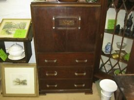 VINTAGE ORNATE SOLID TALLBOY. CABINET OVER 3 DRAWERS. VIEWING/DELIVERY POSSIBLE