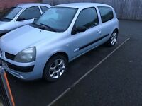 2004 Renault Clio 1.2 cheap first car, runabout