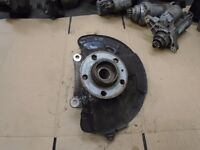 VOLVO S60 V70 00-06 PASSENGER FRONT WHEEL HUB AND HOUSING 9461943 P30639997