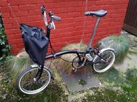Brompton M3L Black Folding Bike with Front Foldable Bag