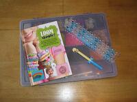 Loom Bands: Loom, Hook, Bands, Clips, Storage Box & Book