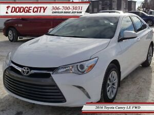 2016 Toyota Camry LE | FWD - Backup Cam, Keyless Entry