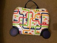Kids wheely case
