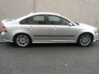 VOLVO S40 SPORT . 1.8 SALOON CAR .12 MONTH MOT.METALIC SILVER. ALLOY WHEEL