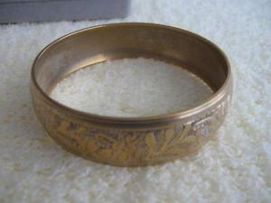 A BEAUTIFULLY ETCHED SOLID BRASS 3/4-INCH BANGLE BRACELET