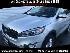 2017 Kia Sorento ALL WHEEL DRIVE, HEATED SEATS, LARGE INTERIOR