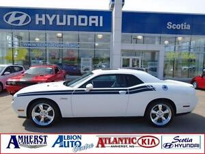 2013 Dodge Challenger R/T CLASSIC one owner