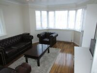 COSY 3 BEDROOM FLAT AVAILABLE IN HARROW TO MOVE IN NOW (DSS ACCEPTED)