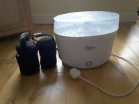 Tommee tippee electric steriliser and 2 bottle bags, excellent condition only used a few times.