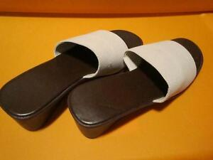 Stetch wedge slip on shoes