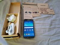 Samsung Galaxy S4, boxed with charger. Unlocked