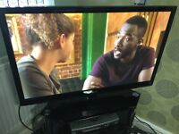LG 42' HD Ready Plasma Tv Digital Freeview Usb 600Hz with Remote Control Base Stand,