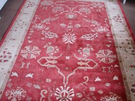 BRAND NEW RUG 9FT 6 INCHES X 6FT 7 INCHES