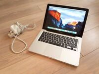 Macbook Pro 13 Early 2011/ Core i7 2.7GHz/ 6GB Memory/ 500GB Hard drive