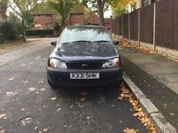 Ford fiesta for 5 doors for sell, MOT, drives well, cheap.