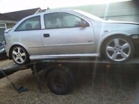 Vauxhall Astra 2.2sri breaking all parts available
