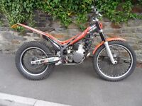 Beta EVO 2T 300 Trials Bike