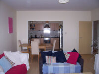 DOUBLE ROOM TO RENT IN MODERN APARTMENT IN DENNISTOUN