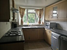 Large Double Room to Let in the heart of Tunbridge Wells £165pw, very close to Royal Victoria Place