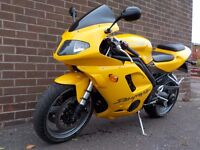 2006 TRIUMPH DAYTONA 955i SS. JUST SERVICED, LOW MILES, GREAT CONDITION!!!